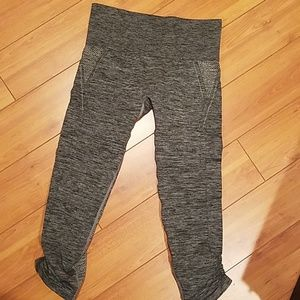 H&M active legging size small